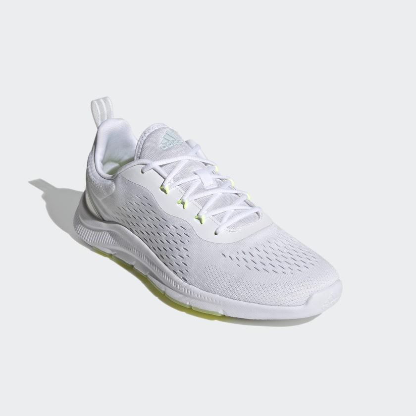 Adidas NOVAMOTION